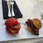 Tapas de mini hamburguesa