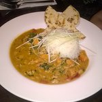 Panaga style chicken curry with rice and nan bread