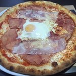 Pizza Carbonara (12,50 €)