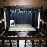 Interior do teatro.