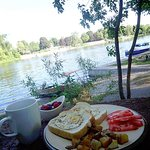 Yummy breakfast on the Otonabee River