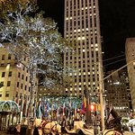 Strolling back to the hotel, passed by Rockefeller Center at night