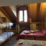 Bellissima mansarda, quattro posti letto con divertente letto a castello a scomparsa. Cucina e b