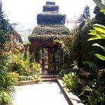 Photo de The Baray Villa