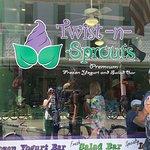 Фотография Twist N Sprouts