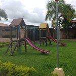 a demas cuenta con espacio para que nuestros hijos se diviertan en un mini parque
