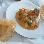repas room service: Curry de Poulet Keralais, tomate et massala