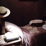 bella ambientazione per la ricostruita camera di letto