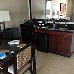 Photo de Embassy Suites by Hilton Newark Airport