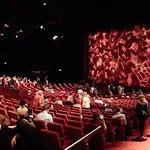 Blick in das Theater vor Aufführungsbeginn