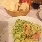 Pasta with zucchini & prawns pluls bread basket