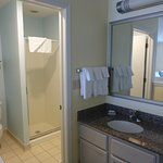 Bathroom of loft room of the 2 bedroom suite