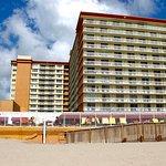 Foto de Ramada Plaza Marco Polo Beach Resort