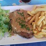 Contre filet sauce poivre et frites