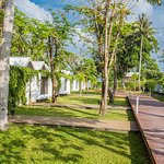 Walkway - X2 Koh Samui Resort-All Spa Inclusive