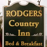 Foto Rodgers Country Inn & Cabins