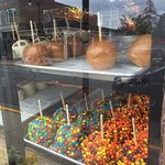 Photo de Amy's Candy Kitchen