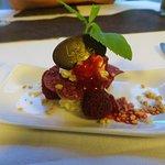 Himbeer-Tiramisu (Dessert Nummer 2) im 10-Gang-Amuse-Bouche-Menü (Lucie Schulte, Görlitz)