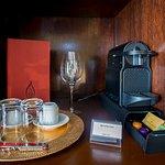 Photo de Miravida Soho Hotel and Wine Bar