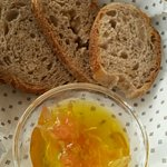 Bread and olive oil served with Oreganato