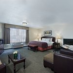 Oxford Premium Suite