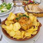 Bacalao de la casa, sardinas y ensalada de melón