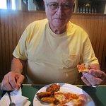 Tom loves Sammy pizza buffet