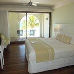 Holland House Beach Hotel Image