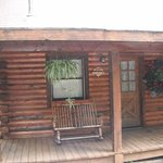 this at bear mountain log cabins in eureka springs this call the aloft cabin
