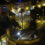 Night view of the fountain in front of the Spanish Steps