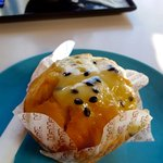 Passionfruit muffin