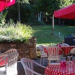 Saint Rome de Tarn, Hotel Les Raspes, le jardin, restaurant, salon extérieur