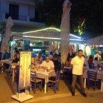 Kabourelias Ouzeri-Tavern Foto