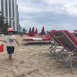 Foto de Acqualina Resort & Spa on the Beach