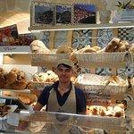 Il pane a forma di Sassi di Matera