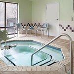 Foto de SpringHill Suites Charlotte University Research Park