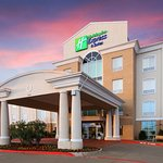Foto de Holiday Inn Express Hotel & Suites Sherman Highway 75