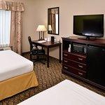 Foto de Holiday Inn Express Hotel & Suites Sherman Highway 75