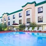 Foto de Holiday Inn Express Fayetteville - Ft. Bragg