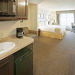 Photo de Holiday Inn Express Eagle Pass