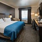 Foto de Holiday Inn Express Hotel & Suites - Santa Clara