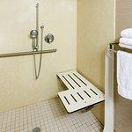 Photo of Holiday Inn Express Roseburg