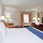 Photo de Holiday Inn Express Pittsburgh - Cranberry