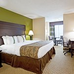 Photo de Holiday Inn Toledo/Maumee