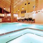 Swimming Pool - jacuzzi hot tub