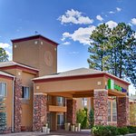 Welcome to the Holiday Inn Express Pinetop