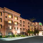 Foto de Holiday Inn Hotel & Suites Goodyear-West Phoenix Area