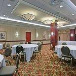 Holiday Inn Express & Suites Milton Foto