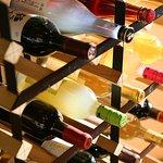 近隣ワイナリーから取り寄せた甲州ワインをお楽しみいただけます