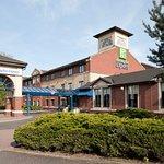 Holiday Inn Express Strathclyde Park M74 Jct5